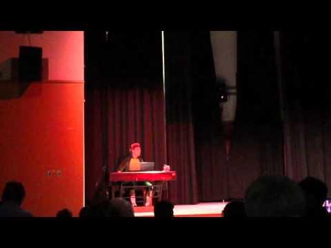 William (as a Scottish dragon) sings Loch Lomond