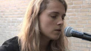 Marika Hackman - Drown (Live)