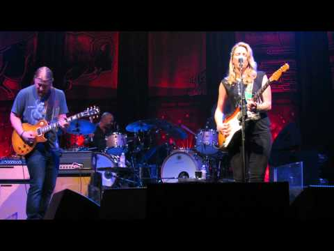 Tedeschi Trucks Band ~ The Sky Is Crying