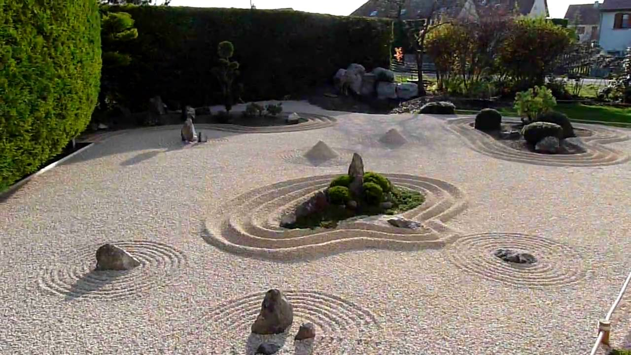 Jardin zen en cote d 39 or dijon france youtube for Jardin japonais dijon