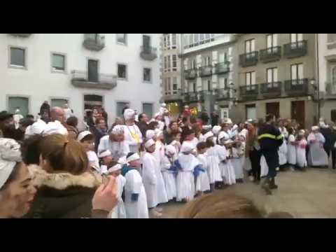 Os nenos viveirenses despiden á Sardiña