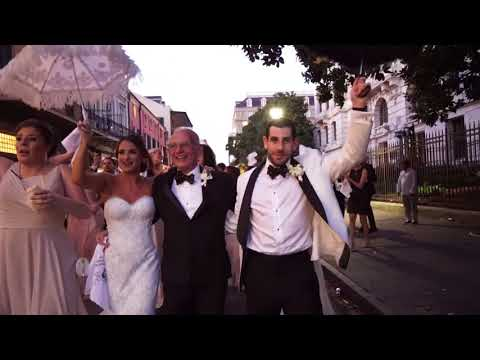 new-orleans-second-line-*-new-orleans-wedding