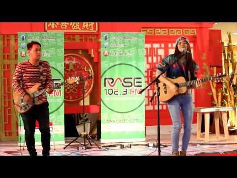 Sheryl Sheinafia - Love Yourself (Justin Bieber Cover) @ Festival Citylink Bandung