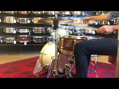 "En JustMusic Berlín, Alemania 🇩🇪! Sonor AS 12 1307 AM Artist Snare Drum - 13"" x 7"" heavy maple sh"