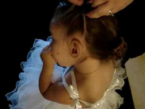 How to make a little girls braided headband
