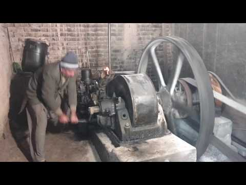 18-litre 150bhp, 6 cylinder, 110V DC, Ruston Hornsby Generator, Model 6 VPH - great sound! from YouTube · Duration:  2 minutes