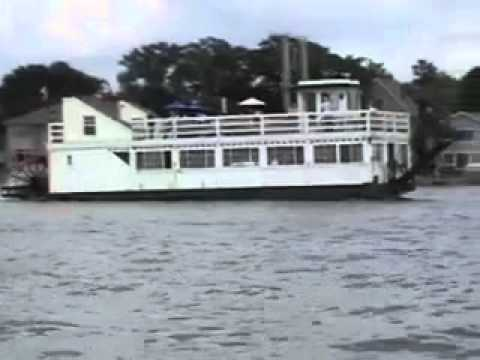 Lady of the lake paddle wheel steamboat clear lake iowa for Clear lake iowa fishing