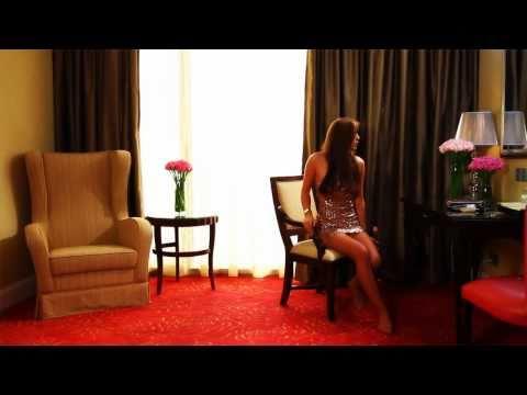 Private Sessions:  Lana Roi of Eurasia