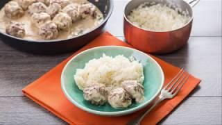Фрикадельки в сливочно-каперсовом соусе с рисом - доставка продуктов с рецептами Шефмаркет