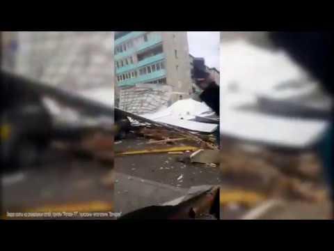 Ураганный ветер сносит крыши домов в Чите 13 мая 2020