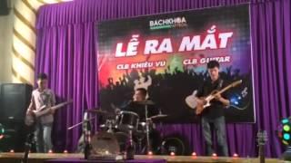 Zombie cực máu: G4U biểu diễn chúc mừng CLB guitar Aptech r