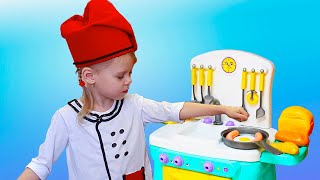 Vitalina Pretend Princess & playing in Restaurant with Kitchen Toys