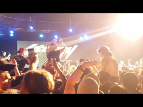 Post Malone - Congratulations LIVE @ Max Watt's SYDNEY 2017 (LIT CROWD!!!)