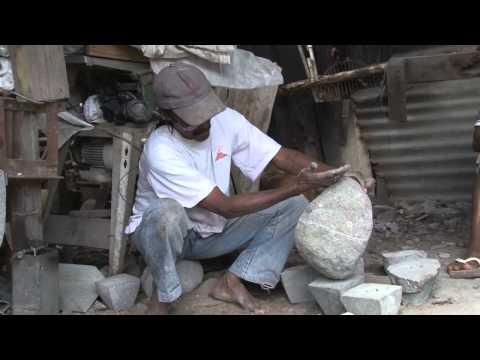 Artisans fabricant de pilon