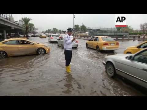 Heavy rains spark flooding chaos in Iraq capital