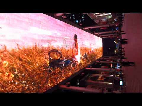 The Place in Beijing (世贸天阶) - see the huge LED screen in action