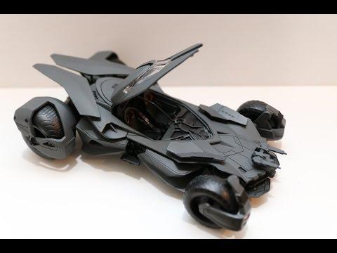 batmobile-jada-toys-metals-die-cast-dc-batman-vs-superman-model-kit-review
