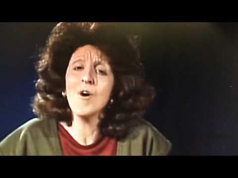 Andrea Martin as Linda Lavin.