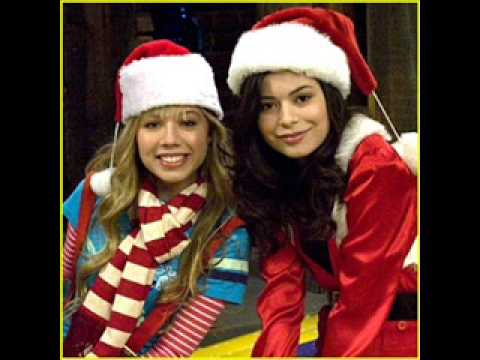 miranda cosgrove christmas wrapping