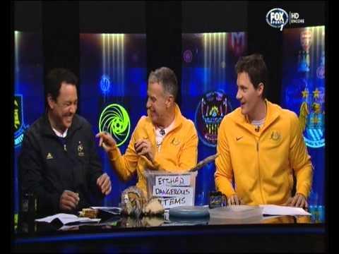 Santo Sam & Ed - Total Football - Episode 1 (2013)