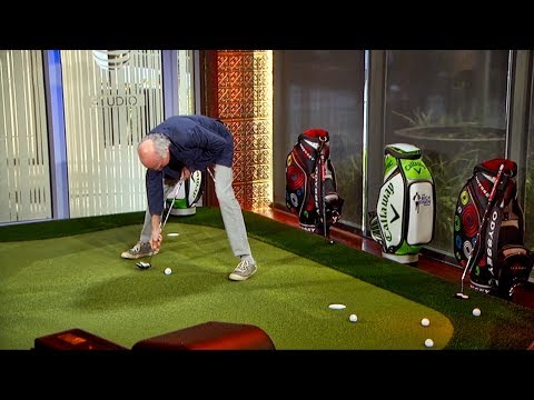 Larry David Shows Off His Unique Putting Style | The Rich Eisen Show | 10/17/17