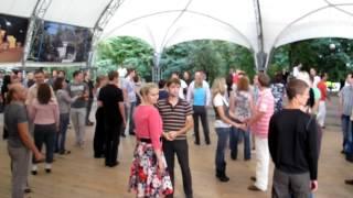 Открытый урок по хастлу в Екатерининском парке (ч1)