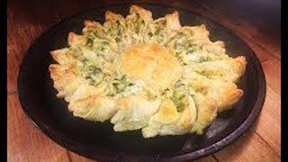 СЛОЕНЫЙ пирог со шпинатом и сыром рецепт