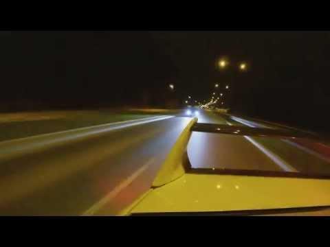 Mitsubishi Lancer Evo IX vs VW Golf R mk7 drag race.