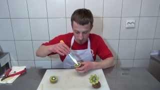 Как сделать цветок из киви - Фруктовый мастер