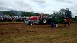 One Trick Pony tractor pull at North Somerset Show 4th May 2015