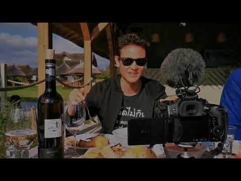 Celebrul Vlogger Food & Travel Mark Wiens în Delta Dunării