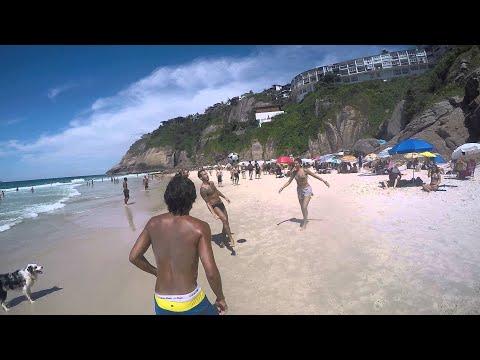 Altinha With Scotch And Friends || ViralHog