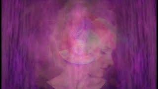 Leslie Clio - Riot (Official Video)