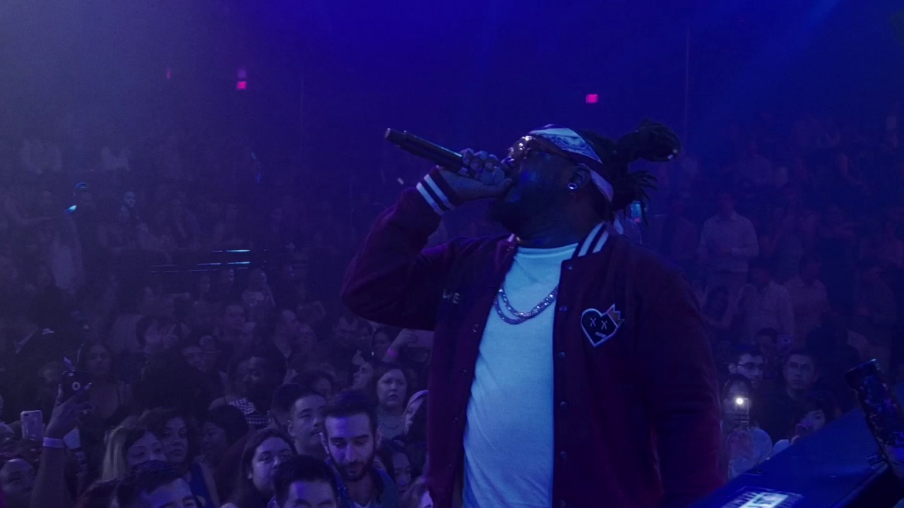 T Pain Is Back At The LIGHT Vegas With Some Special Guests