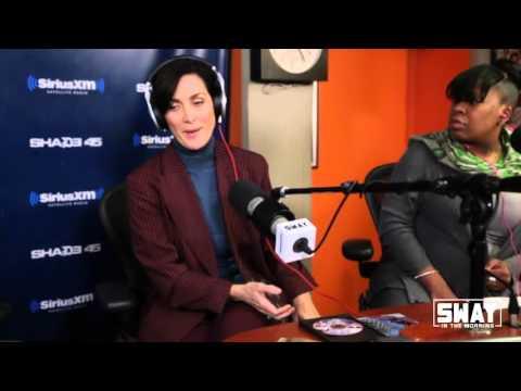 "Matrix Star Carrie Anne Moss on Playing a Lesbian on New Netflix Series ""Jessica Jones"""