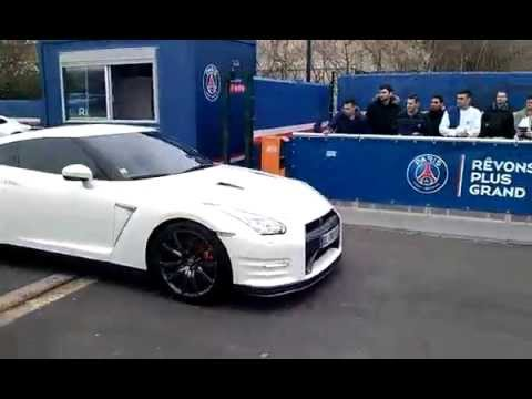 photo of Thiago Silva Porsche Cayenne 911 - car