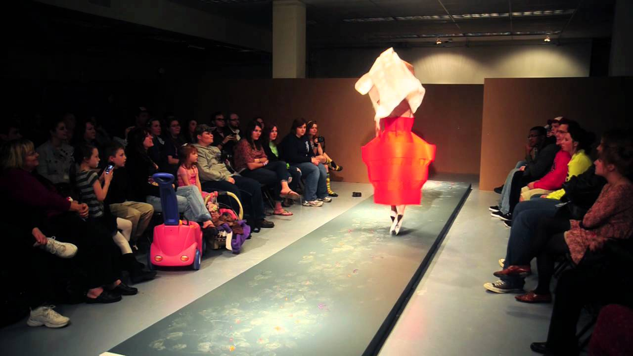 Texas A M University Commerce 3d Design And Sculpture Fashion Show Youtube