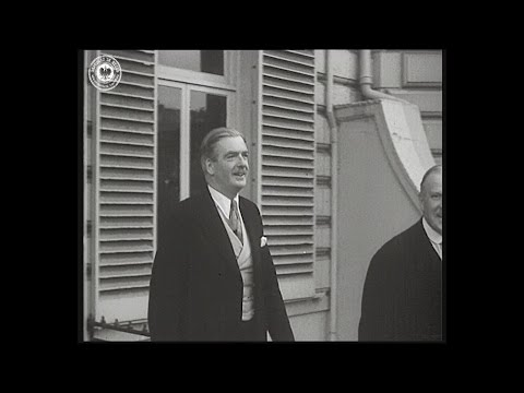 #RepublicInExile: Anthony Eden with President August Zaleski, 1953