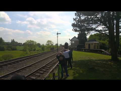 HD/4K - 6960 Raveningham Hall sets off - GWSR Spee