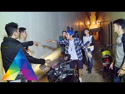KATAKAN PUTUS - Perjuangan Cinta Cowok Pembalap (21/03/16) Part 1/4