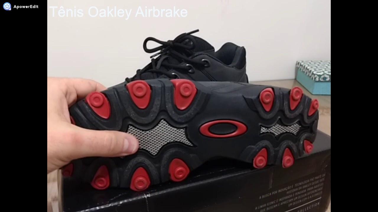29922435661b5 ... Masculino - Preto e Vermelho - Compre Agora ... dc0761d5026c87  Tênis  Oakley Airbrake - YouTube fb3d5e911bcf2f ...