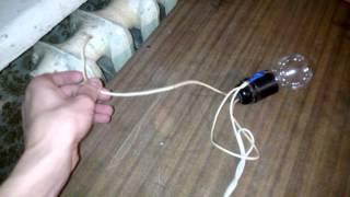 Электричество + отдельно - батареи током работает.