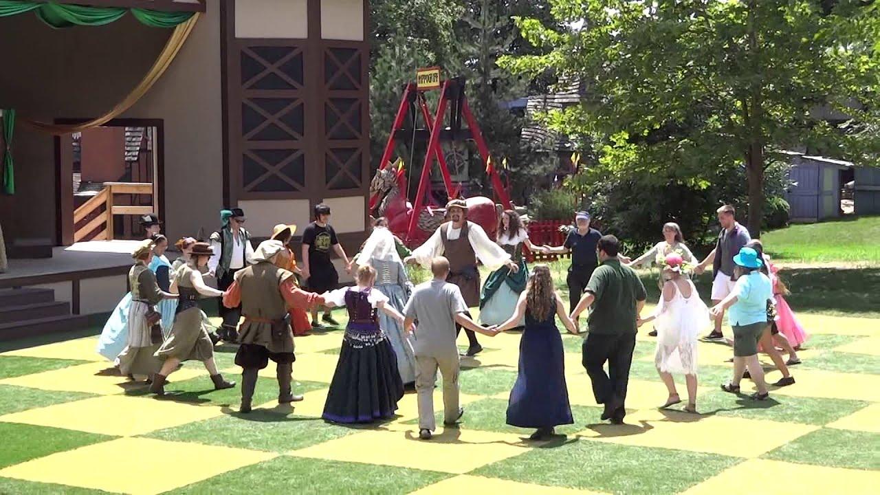 Pennsylvania Renaissance Faire Peasant Dance - YouTube