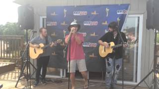 Southern Belle Acoustic LIVE - Scotty McCreery