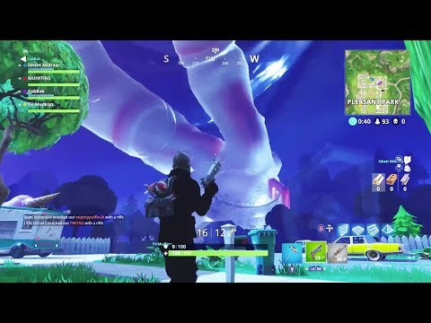 FORTNITE - RANDOM & FUNNY MOMENTS! #9 (Giant Spaceman, Remote Explosive Trolling!)
