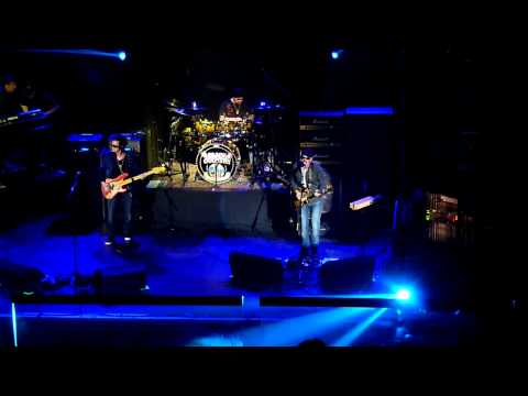 Black Country Communion - Song of Yesterday (Live @ Leeds O2 26/7/11)