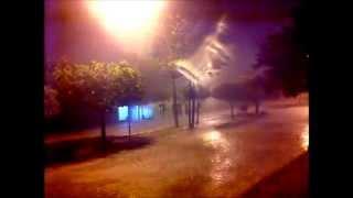 Choveu forte no inicio desta noite, em Pau dos Ferros/RN
