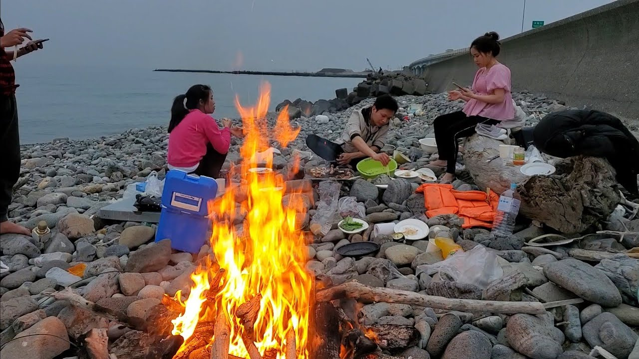 Ra Biển Nướng Đồ Ăn với Bạn | Út Đạt | Cuộc Sống Nhật |#170