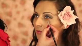Винтажный свадебный макияж невесты