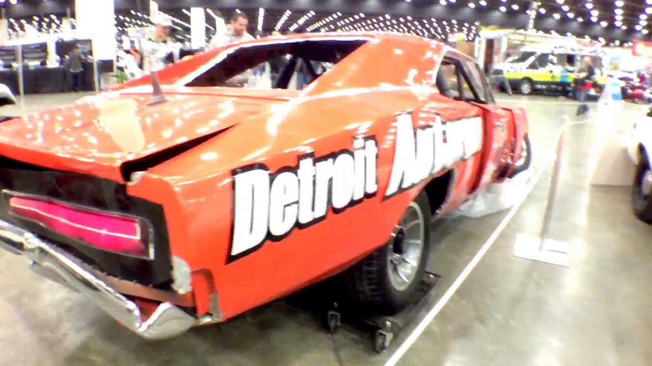 2017 Detroit Autorama General Lee Jump Aftermath Youtube